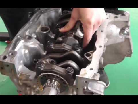 エンジン整備動画4(ピストン及びクランクシャフト取り付け)Engine maintenance videos of Daihatsu(Japanese car)