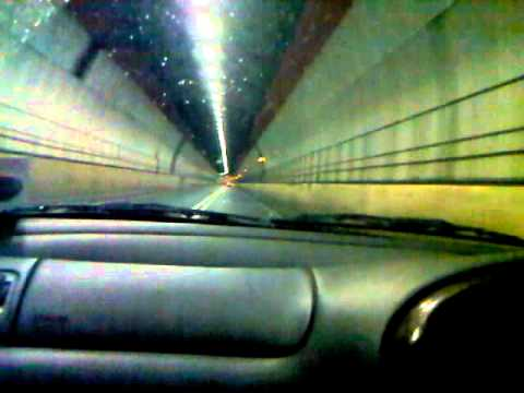 FORD MONDEO ST200 with win 2.5 Exhaust Dartford tunnel run