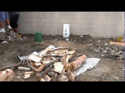 How to make a Samoan Umu Style Cooking, USC Aoga Samoa 2012