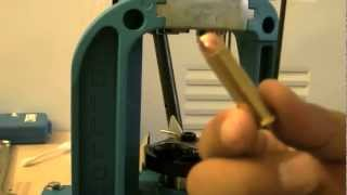 ビンテージリボルバー用の自家製「ちょい弱」マグナムの製造工程です。 ...