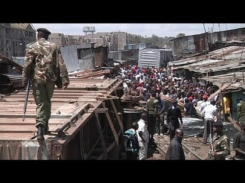 Train derails in one of Africa's largest slums