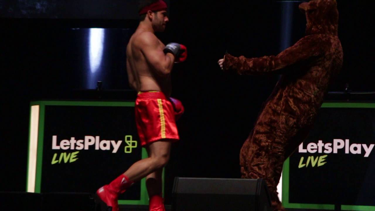 Bear vs Best Fighter Brett Cow Chop @ Let's Play Live NYC