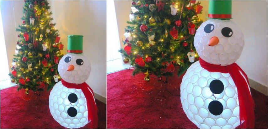 Come realizzare un pupazzo di neve con i bicchieri di plastica - YouTube fbdd05bf0781