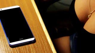 Как наклеить защитное стекло на телефон HTC Desire 820(В этом видео я покажу вам как правильно клеить защитное стекло на смартфон HTC Desire 820., 2015-08-07T11:29:13.000Z)