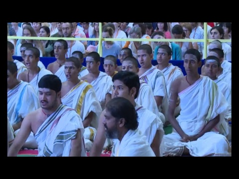 Navratri 2017 Celebrations (Day 2) with Gurudev Sri Sri Ravi Shankar