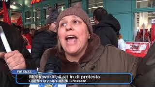Lavoratori Mediaworld in protesta contro la chiusura di Grosseto
