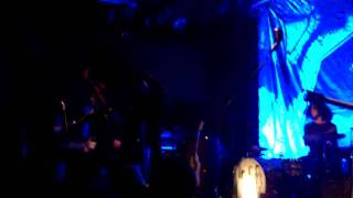 """The Dead Weather - """"Bone House"""" 11-17-2009"""