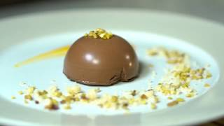 Il pasticcere Luca Perego ci propone una speciale mouse al cioccola...