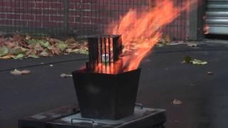 Tectro SMT GmbH, Exploding Deodorant Spray Can
