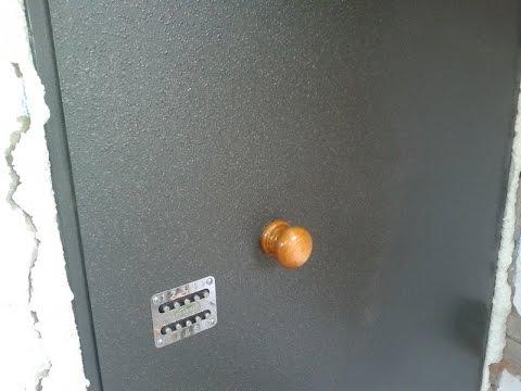 как покрасить металлическую дверь с двух сторон молотковой краской