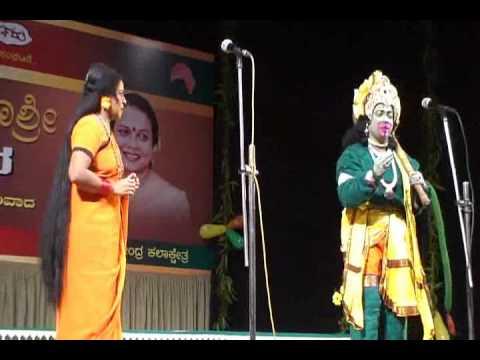 Cine actress Umashri acts as Anjaneya-Prachanda Ravana Kannada drama vol-1