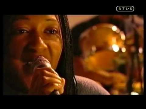Pauline Taylor - Constantly Waiting [1999]