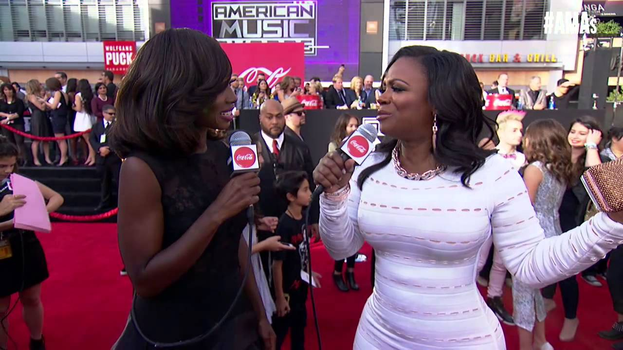 Kandi Burruss Red Carpet Interview - AMAs 2014 - YouTube