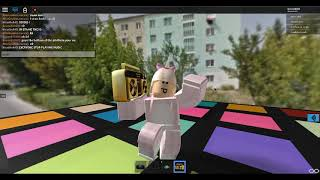 Pink Fluffy Unicorns! | Roblox Boombox Hangout