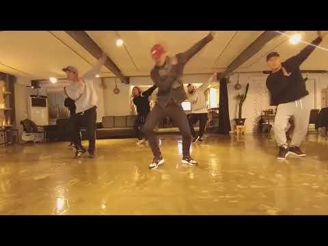 開始線上練舞:RAINISM(鏡面版)-Rain | 最新上架MV舞蹈影片