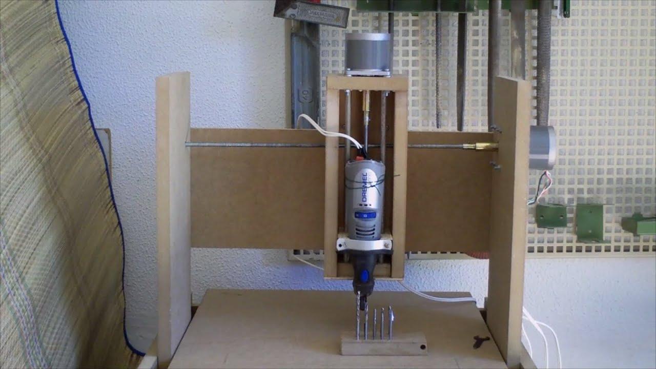 Como construir una fresadora cnc casera 3 ejes youtube for Mesa fresadora casera