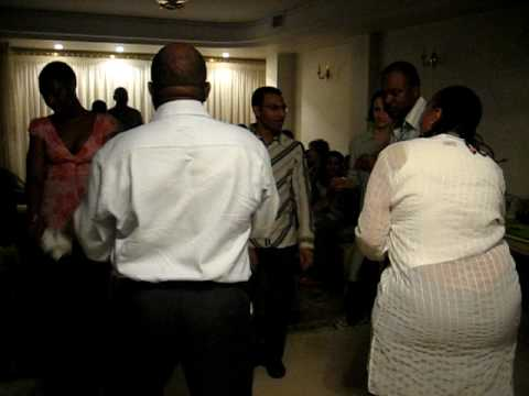 Tehran: Dancing MTN People - June 2006