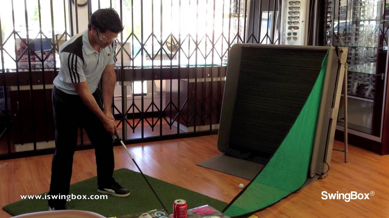Golf practice net, SwingBox, use by Golf Pro indoors! - YouTube