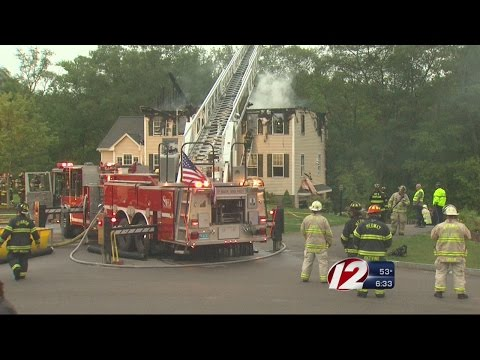 3 killed when small plane crashes into Mass. home