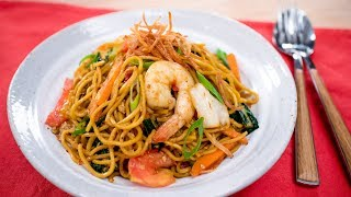 Indonesian Mie Goreng Recipe (wok-fried egg noodles) - Pai