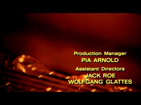 Willy Wonka and the Chocolate Factory opening titles (with Paramount logo restored)