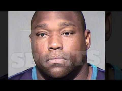 BUSTED! Warren Sapp Arrested for Soliciting/Assaulting a Prostitute, Fired by NFL