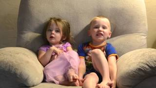 The Amazing Kids, Jacob and Emily Sing their ABCs