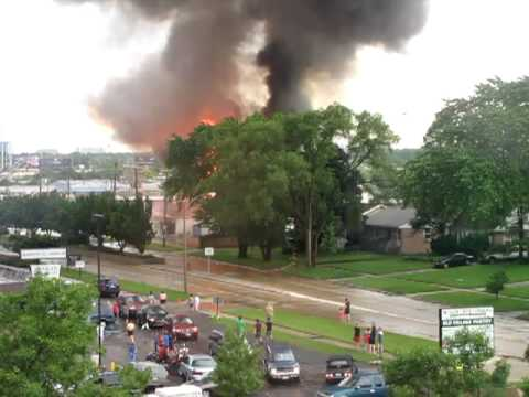 Palatine IL, Fire of Wings Resale Shop - The Flames