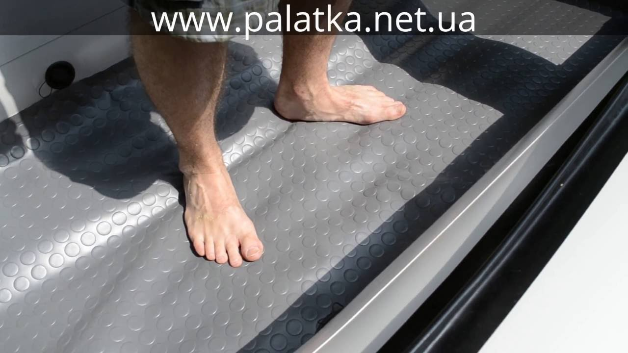 Стандартные транцевые колеса на лодке с НДНД - YouTube
