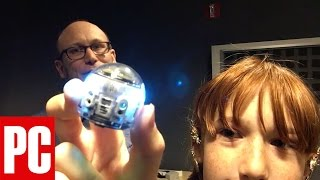 Unboxing the Ozobot Evo