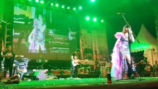 Video Artis Lilis Pantura Menggoncang Kota Samarinda Tampil Di Petupan Festival Kemilau Tgl.26 Sep'16.Smd. download MP3, 3GP, MP4, WEBM, AVI, FLV Oktober 2017