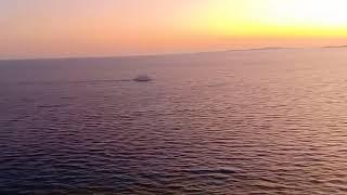 Красивый закат солнца на красном море в шарм эль шейхе غروب الشمس الجميل في البحر الاحمر شرم الشيخ