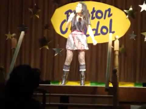 Kristina Reyes Performance