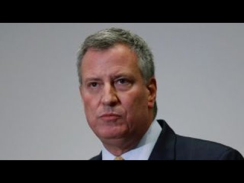 NYC Mayor Bill de Blasio skips NYPD swearing-in ceremony to join protests