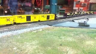 N Scale Train: Slow Runby