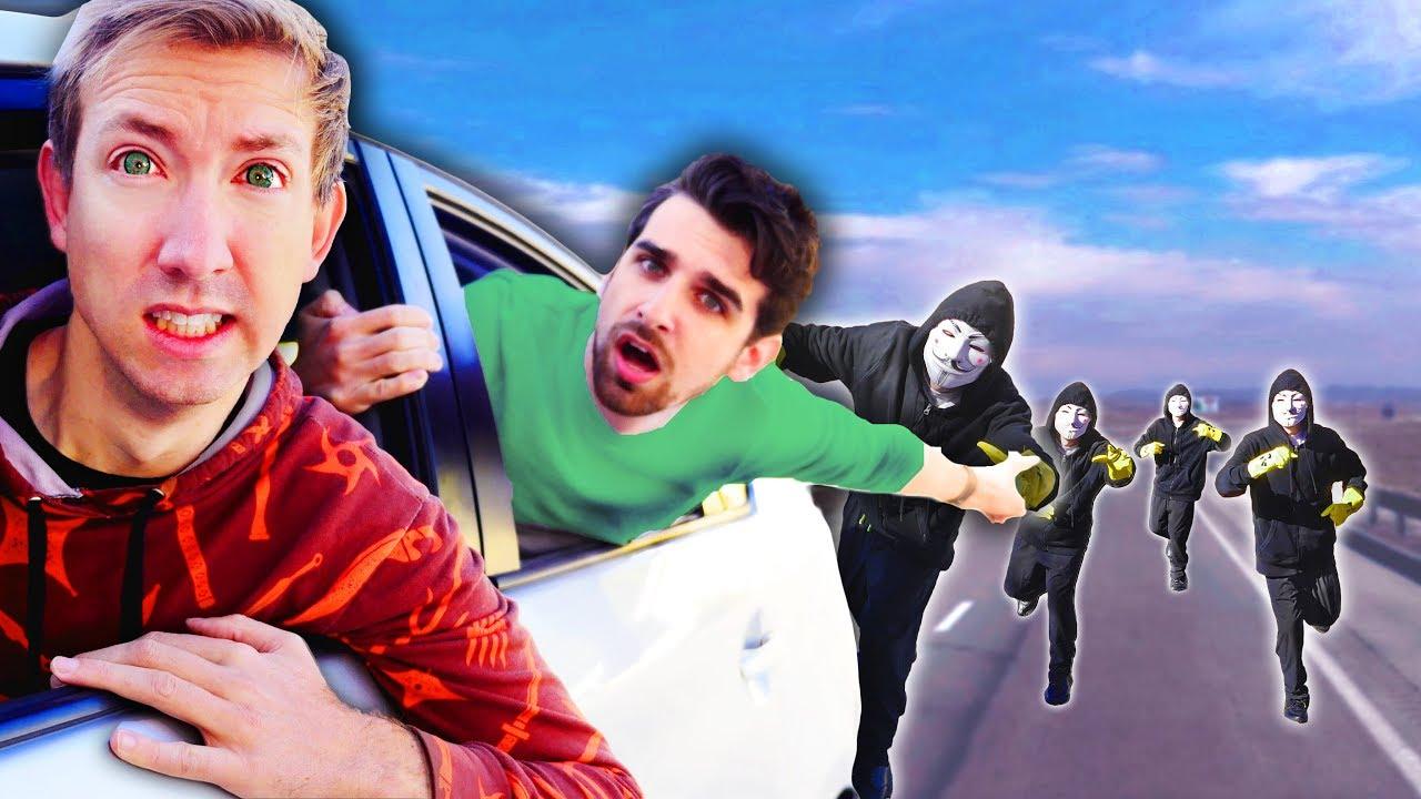 HOMENLOS WIEDER? PROJECT ZORGO nahm unser sicheres Haus nach Ninja Battle Royale & Escape in Tesla video
