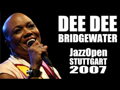 "Dee Dee Bridgewater: ""Red Earth"" - JazzOpen Stuttgart 2007"