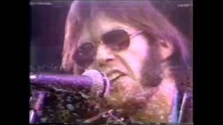 Crosby Stills Nash and Young - Helpless live at Wembley Stadium 1974
