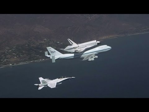 Endeavour Landing in Los Angeles - Awesome Chase Plane Video | NASA California Science