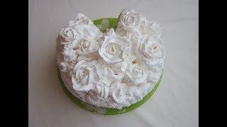 Бисквитный торт  рецепт  ! Оформление торта белково заварного кремом .