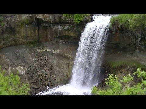 Minnehaha Waterfall Minneapolis