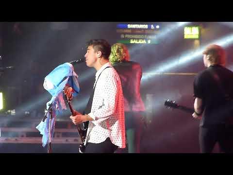 Girls Talk Boys - 5 Seconds of Summer en Argentina (Luna Park 10/09/17)