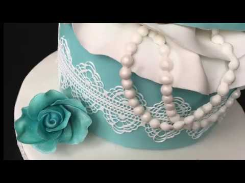 tiffany-jewellery-box-cake