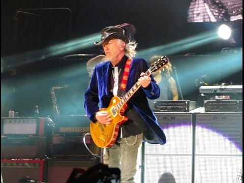 Last Child w/Brad Whitford Intro - Aerosmith Live @ Oracle Oakland, CA 8-4-12