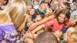 Знаменитый сказочный герой Вилли Вонка посетил Рязань во Всемирный День шоколада (новости)