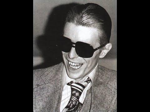Uncle Arthur - David Bowie 1967 Cover - Barry Gonen