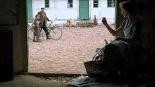 Äideistä Parhain - trailer