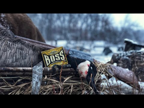 Indiana Late Season Goose Hunting 2019 - We Weren't Going Out Without A Fight!