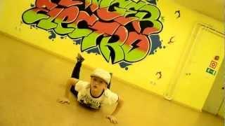 Хип-хоп и Брейк данс Дети Danger Electro(В программу занятий танцев для детей от 5 до 10 лет входят уличные танцевальные направления: детский Hip --..., 2013-02-12T20:20:50.000Z)