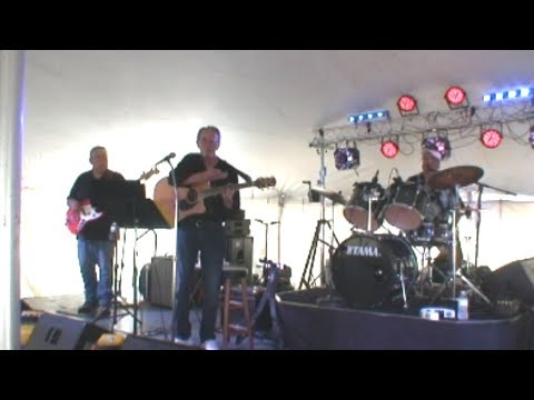 Walk Right Back Everly Brothers cover The KEN CHOVAN BAND